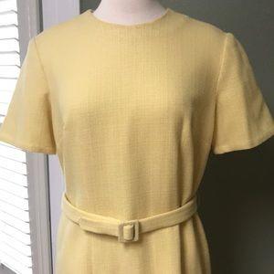 1960s Vintage Yellow Shift Dress w/ Belt - Large💛